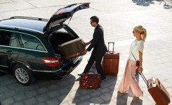 Indiator private airport transfer