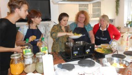 Cooking Demo And Lunch With Local Family