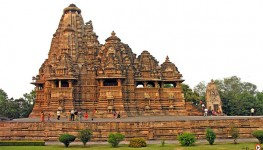 Khajuraho Tour From Delhi With Train Ride