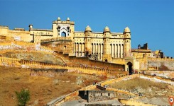 2 Days Private Jaipur Tour from New Delhi with Elephant Ride and meal