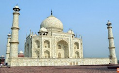 Trip To Taj Mahal With Private Car