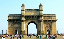 Mumbai sightseeing and Bollywood tour