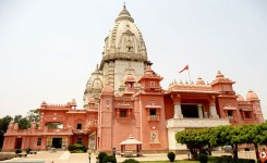 2 Days Heavenly Visit to Varanasi and Sarnath Tour
