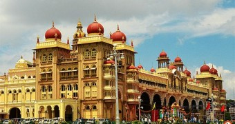 Bangalore Mysore day Excursion with Lunch and Private Transfer
