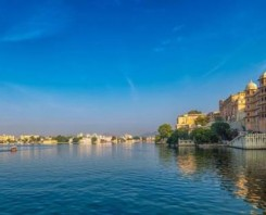 Private Full Day Udaipur tour with Boat ride and Lunch