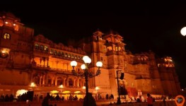 Mewar Evening Sound and Light Show followed by Dinner