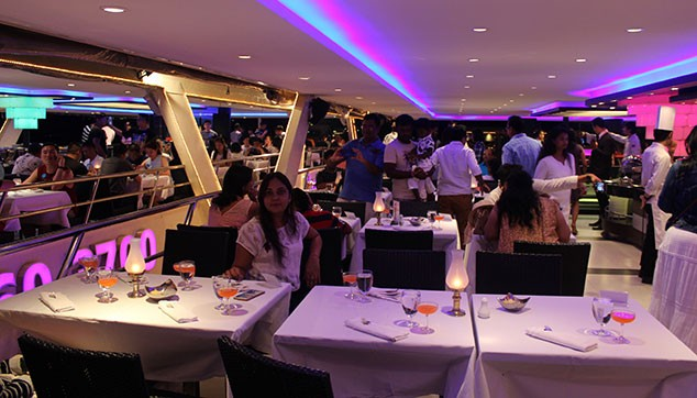 Dinner in cruise-Pattaya