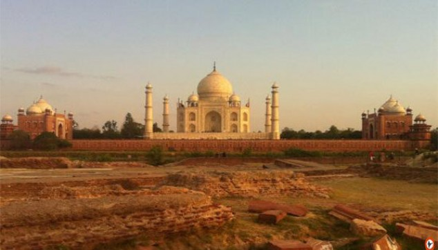 Same Day Return Taj Mahal Tour from delhi