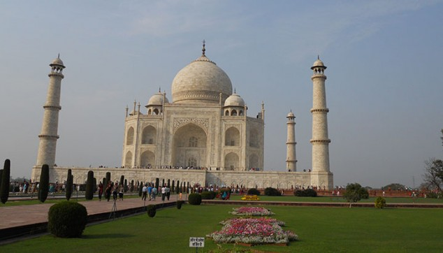 Tajmahal Agra Tour With Hotel And Flight