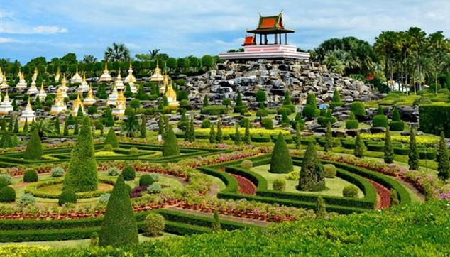 Nong Nooch Village With Lunch & Transfers