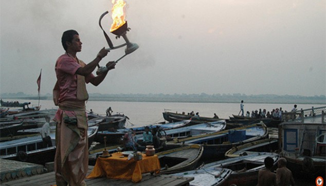 witness soothing Ganga Aarti