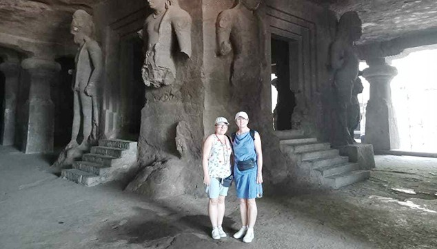 Morning Elephanta Caves Tour with Breakfast