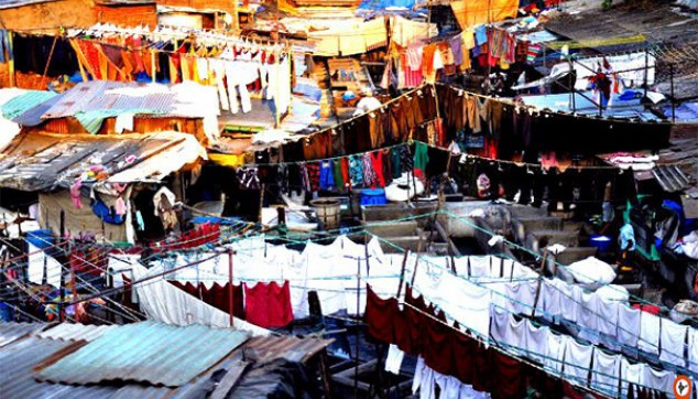 Dhobi Ghat And Dharavi Slums In Mumbai