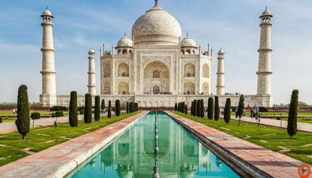 Taj Mahal Tour including entry Fee
