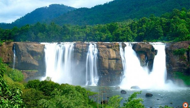 Athirapally waterfall Tou