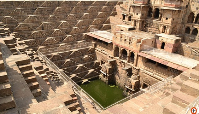Private Jaipur Abhaneri Step Well Day Tour