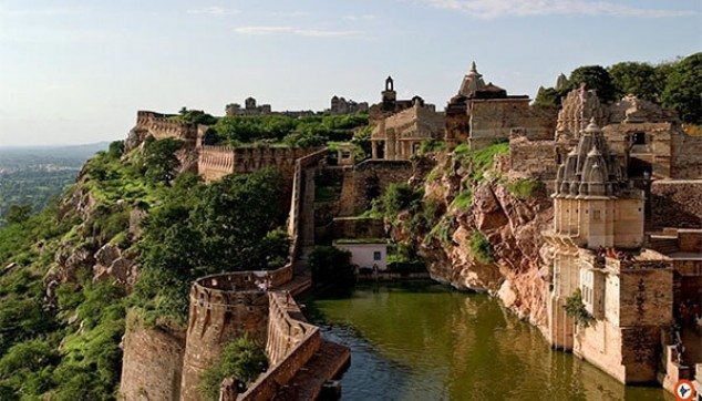 Chittorgarh Tour With Lunch