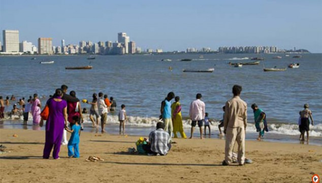 Beach in mumbai