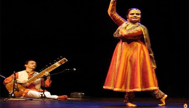 music and dance in Varanasi city