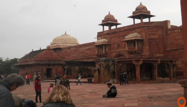 Day Trip to Agra and Fatehpur Sikri