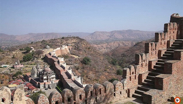 Tour Of Kumbhalgarh Fort With Lunch