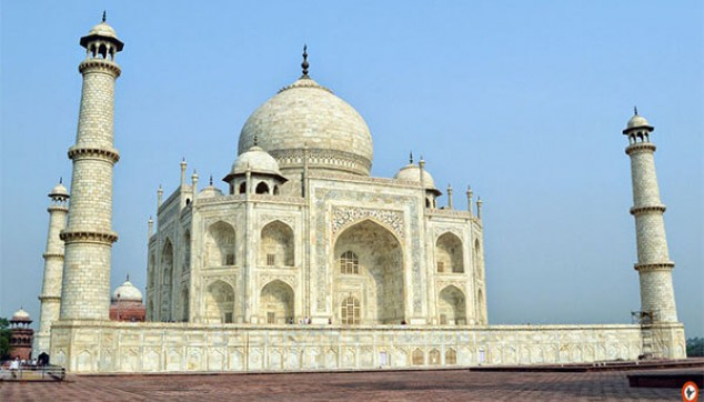 Trip To Taj Mahal With Private Car
