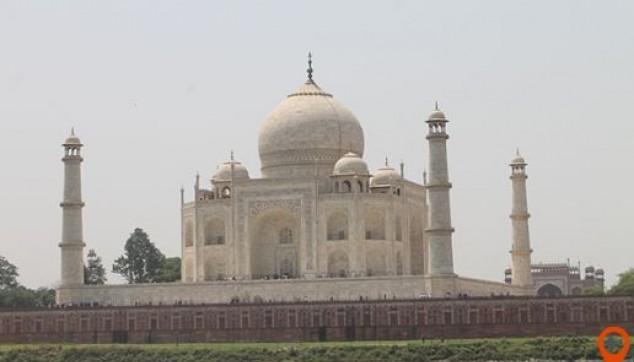 Explore Taj Mahal - indiator