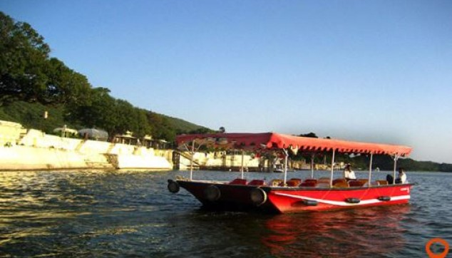 Private 4 Nights Udaipur Mount Abu Tour Package