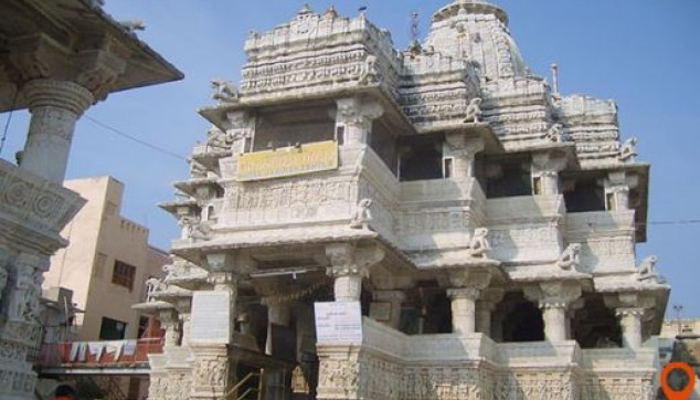 Dilwara Jain temple tour