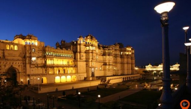 Private Udaipur and Ranakpur Tour with Accommodation