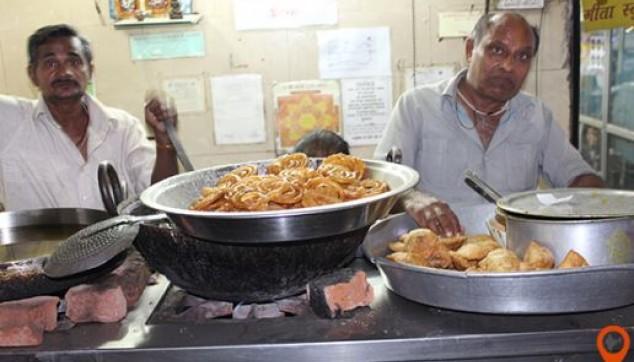 Delhi Havelis Chandni Chowk Walking Tour with Lunch