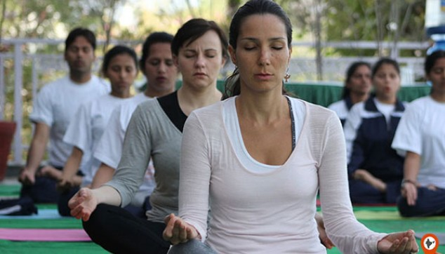 yoga tour in varanasi